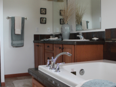 Schult Main Street Custom 6028-376 Bathroom